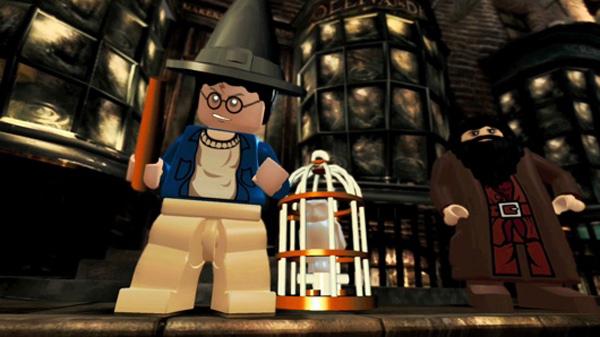 Lego Harry Potter, el joven mago se pasa a los videojuegos estilo Lego