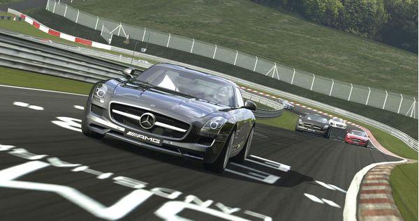 Gran Turismo 5, nuevas imágenes antes del lanzamiento de este simulador de coches
