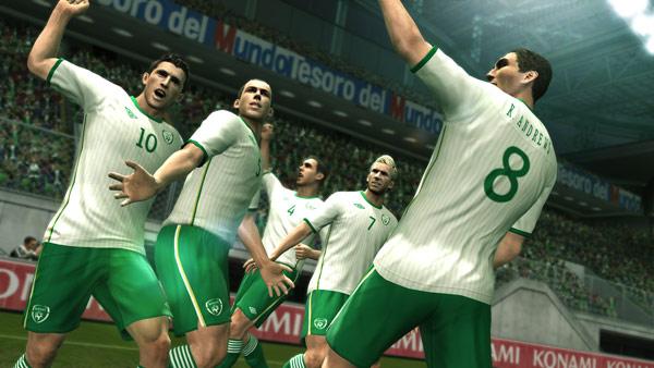 PES 2011, llega una nueva actualización de botas y uniformes de varios equipos