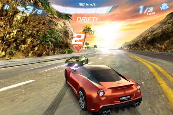 Asphalt 6: Adrenaline, nueva entrega del famoso juego de conducción para iPhone y iPod Touch