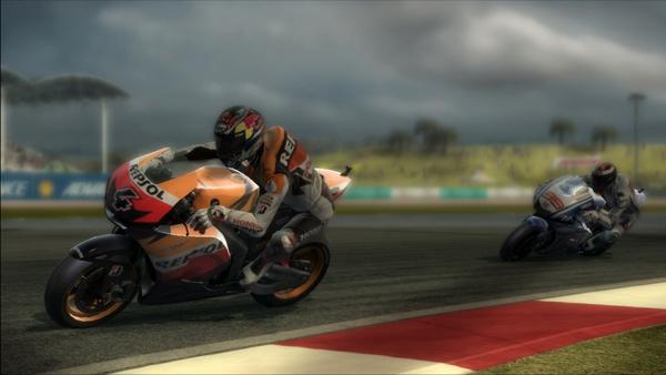 MotoGP 10/11, calienta motores el nuevo juego del mundial de MotoGP, con un nuevo vídeo