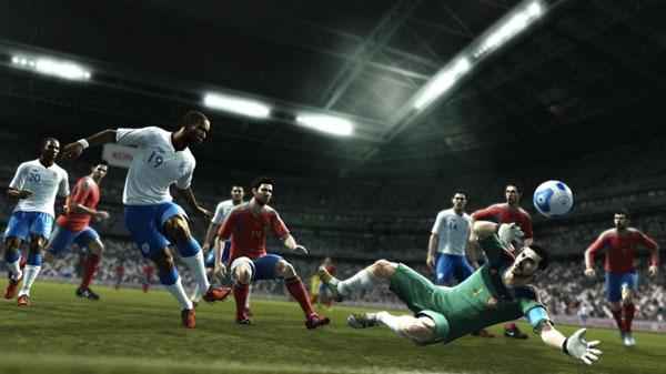 PES 2012, Konami permitirá finalmente usar el pad direccional en PES 2012