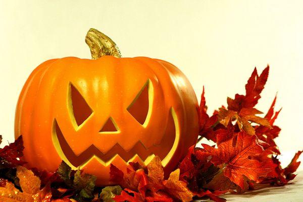 Juega gratis a más de 70 juegos relacionados con Halloween