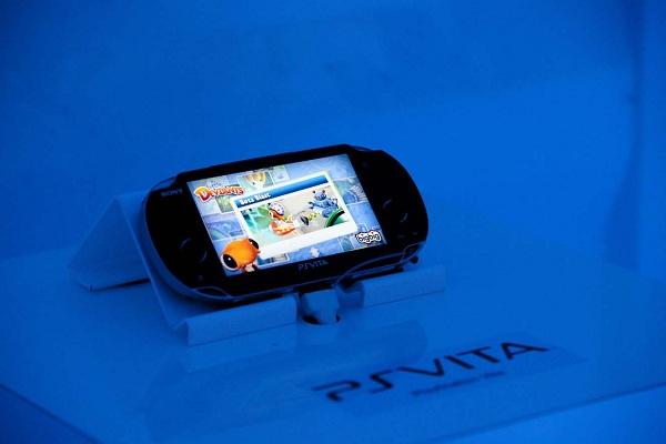 4.000 aficionados prueban la PS Vita en la feria Gamefest