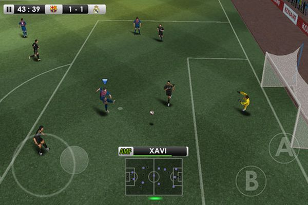 Konami lanza el PES 2012 en exclusiva para el Xperia Play